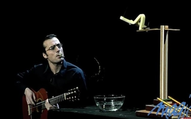 ギターと棒人間の掛け合いマジック.jpg