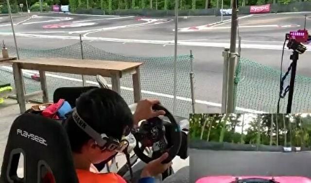 ラジコンに搭載したカメラでサーキット気分.jpg