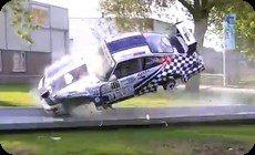 ポルシェの事故