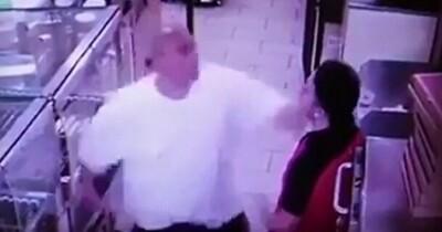 喧嘩 セブン 店員 [B!] セブンイレブンの店員同士がレジでつかみ合いの喧嘩
