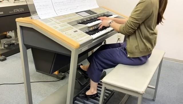 オルガン、エレクトーンで一人でオーケストラ演奏.jpg