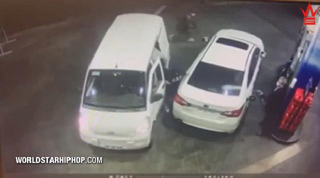 ガソリンスタンドで給油中に強盗に襲撃されたときの撃退方法.png