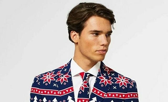 クリスマスのダサいスーツ.jpg