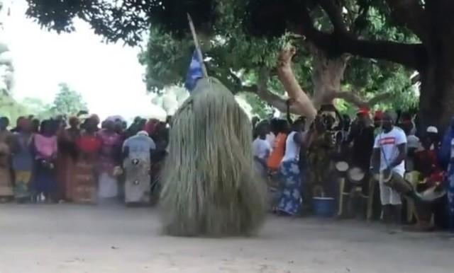 セネガルの謎ダンスが凄い.jpg
