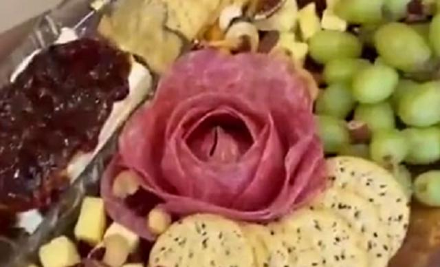 ハムでバラを作る方法.png