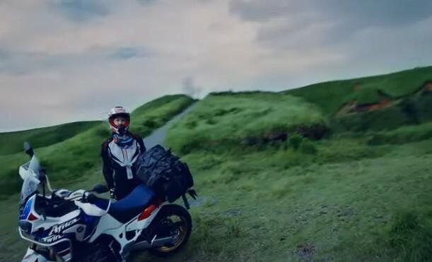 バイクで走るおまえを撮影.jpg