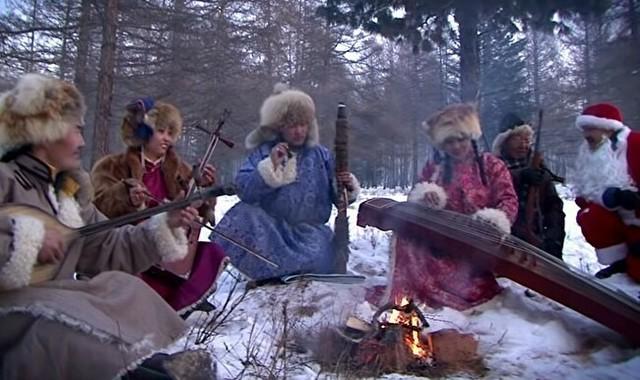 モンゴルのホーミーによるクリスマスソング.jpg