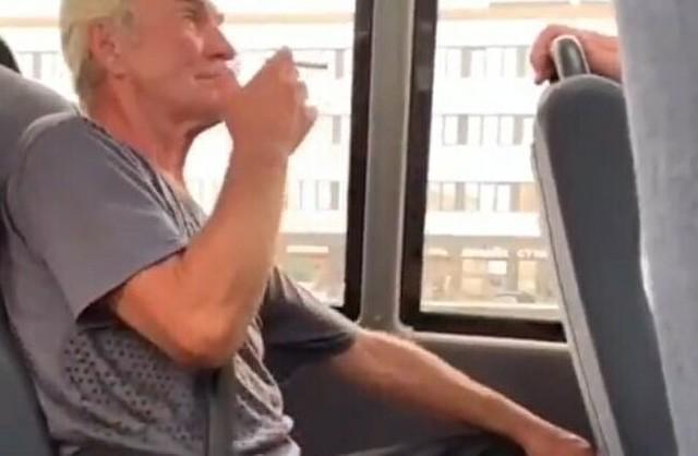 ロシアのバスの乗客のマナーが悪いとこうなる.jpg
