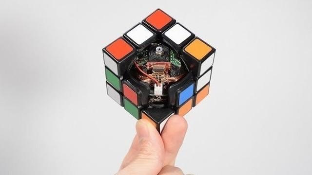 ロボットキューブ.jpg