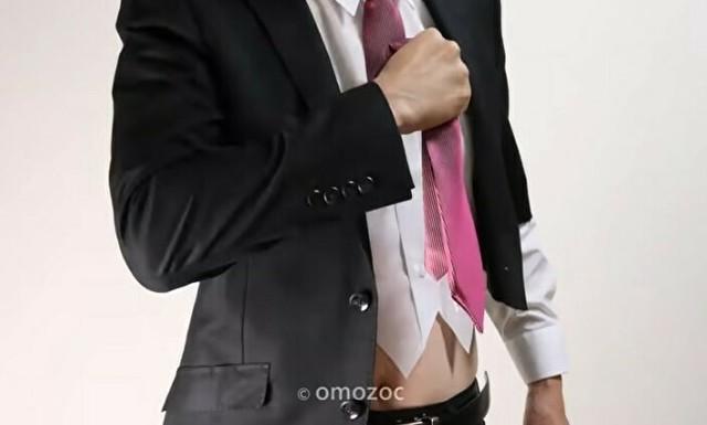 会社をクビになってスーツで寿司を作る.jpg