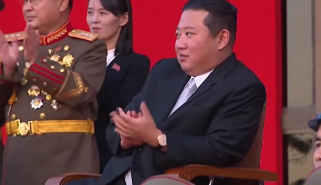 北朝鮮の軍事パフォーマンス.png