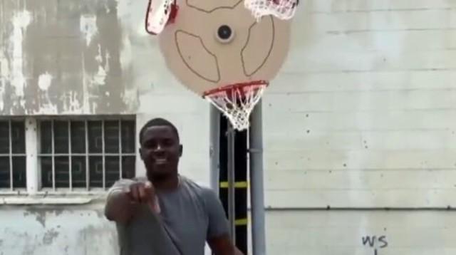 回転するバスケットゴール.jpg