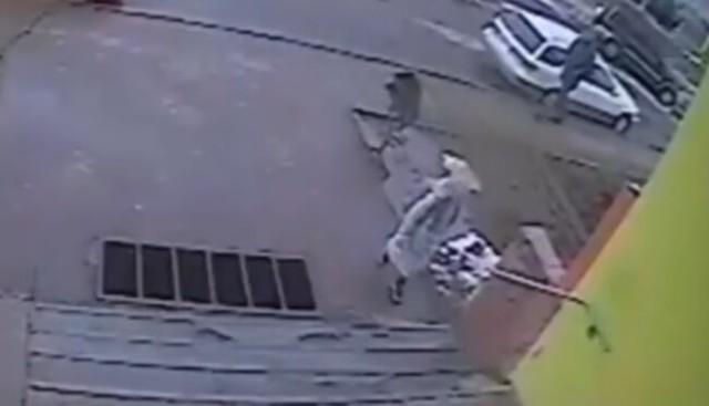 変質者に狙われたロシアの9歳の少女.jpg