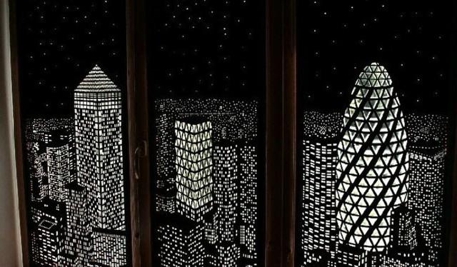 夜景が映るガラステープ.jpg