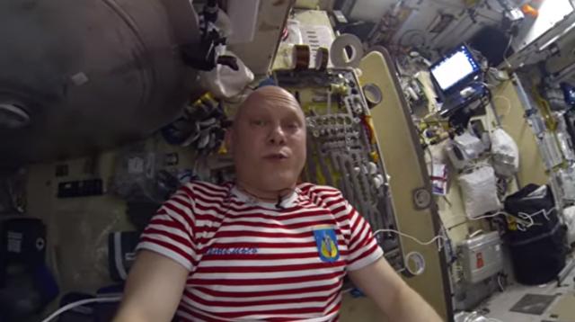 宇宙飛行士のトイレ事情.png