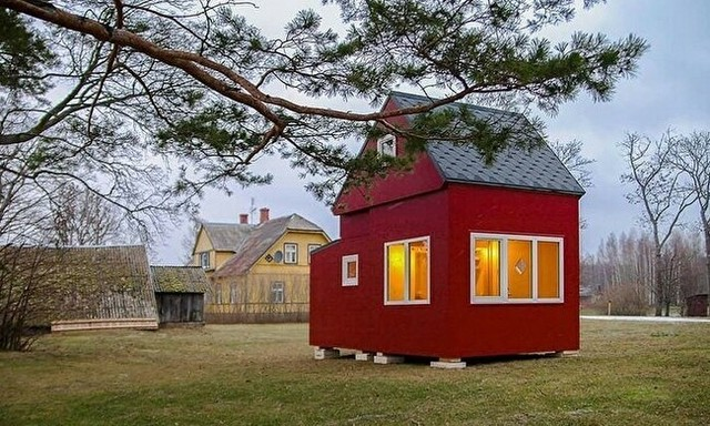 折り畳みのタイニーハウス.jpg