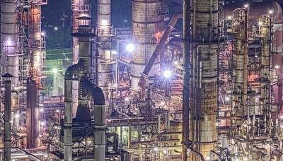 日本の工場の写真が凄すぎSF.jpg