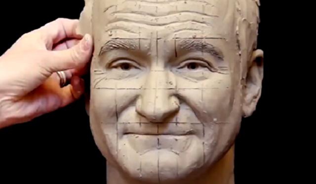 有名人の胸像を粘土で作る.png