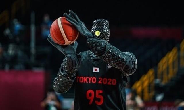 東京オリンピックに出たロボットのバスケットボールプレーヤー.jpg
