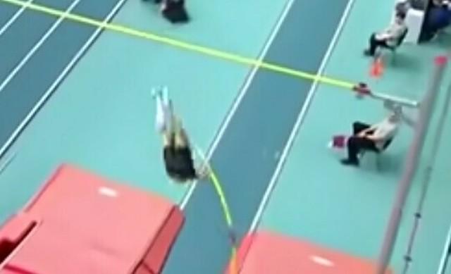 棒高跳びの世界記録.jpg
