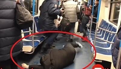 白人電車なにでアJヒア人が倒れて痙攣するドッキリ.jpg