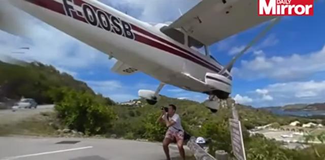 着陸する飛行機の完璧な写真を撮ろうとし死にかけたカメラマン.png