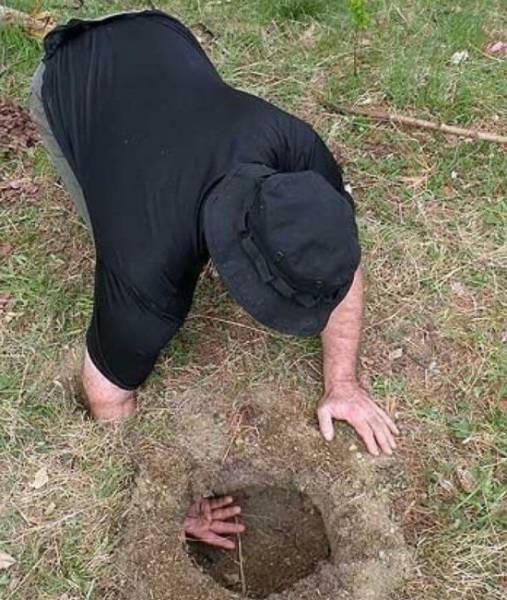 穴を掘って作るファイアーピット (1).jpg