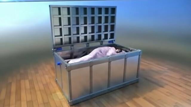 耐震シェルターベッドのレビューで笑いすぎ.jpg