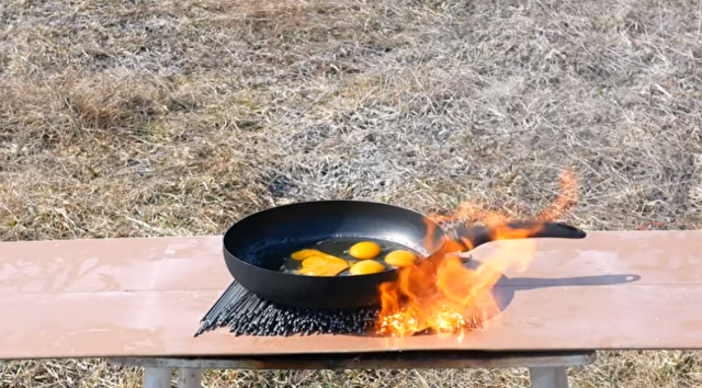 花火を使い卵を調理できるか実験.png