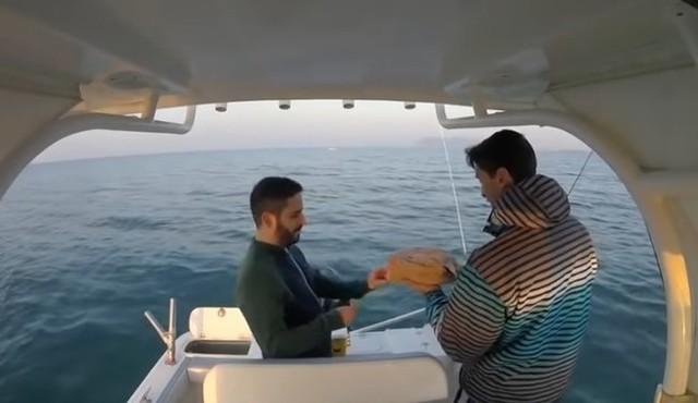 釣り船からのタコの脱出.jpg