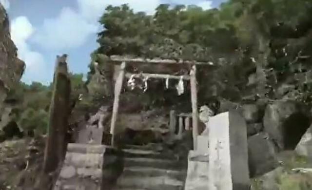 銭洗い弁天をVR化.jpg