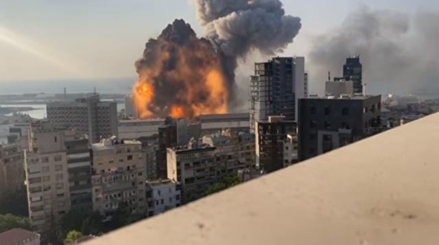 高画質、ベイルートの爆発.png