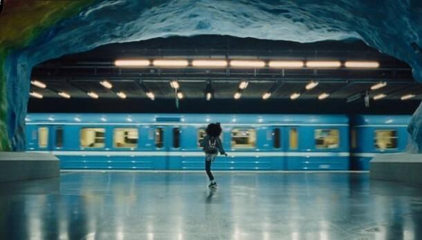 9歳の少女のダンス.jpg