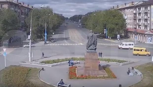 ギリギリのロシアの交通事故