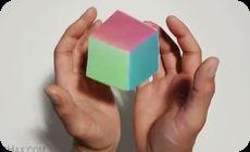 掌で浮く立方体、手品