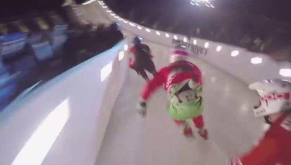 レッドブル主催の新しいスケート競技の事故視点