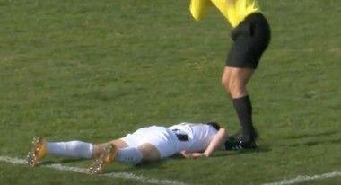 サッカーの試合中の死亡事故