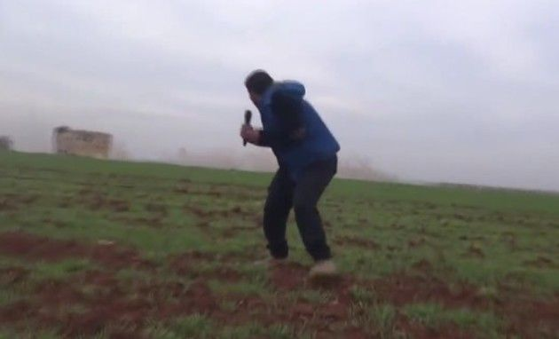 爆弾が不発シリア