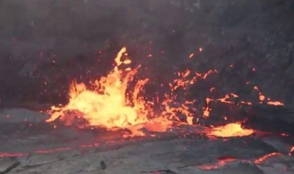 噴火口にガスボンベ