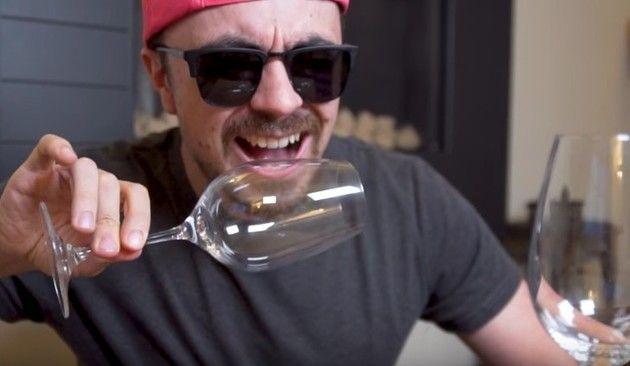 声でワイングラスを割る練習