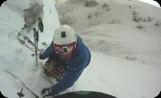 雪山での雪崩事故