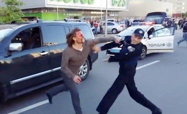 グレコローマン逮捕