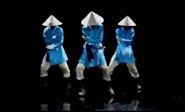 三角帽のキノコダンス