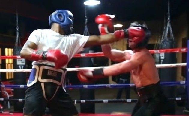 ボディビルダーとボクサーが対決