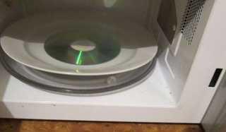CDを電子レンジに入れたら宇宙が生まれた