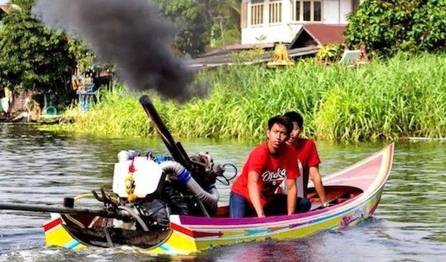 タイ人のメチャクチャ速いボート