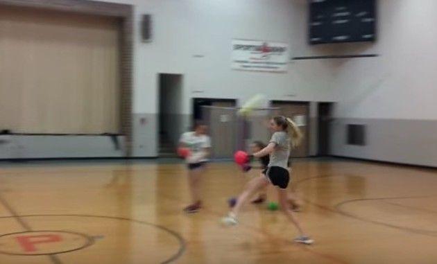 ソフトボールのドッジボール
