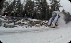 雪道のレースでの事故
