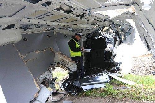 列車とクルマの事故後 (2)