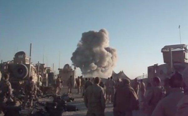狂った世界。戦争の動画を良い音楽で見ると映画見たい